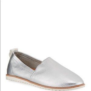 Sorel Ella Metallic Leather Slip FlatsSilver NWT 7